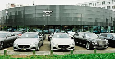 Вультрасовременном шоу-руме площадью более 650кв. метров компания AUTO 1AG представляет все актуальные модели Maserati иBentley.