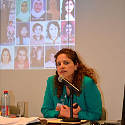 """Совсем недавно, воктябре 2015г. Карима Беннун была назначена Специальным экспертом ООН покультурным правам. Доэтого она преподавала международное право вкалифорнийском университете, США, ибыла консультантом для ЮНЕСКО. В2014г. она была удостоена премии замир вобласти литературы Dayton Literary Peace Prize закнигу «Your Fatwa Does Not Apply Here: Untold Stories from the Fight Against Muslim Fundamentalism»— Ваша фетва здесь неприменима. Невысказанные истории борьбы против исламского фундаментализма"""" (Fatwa— решение, принимаемое напринципах ислама). ©UN Photo"""