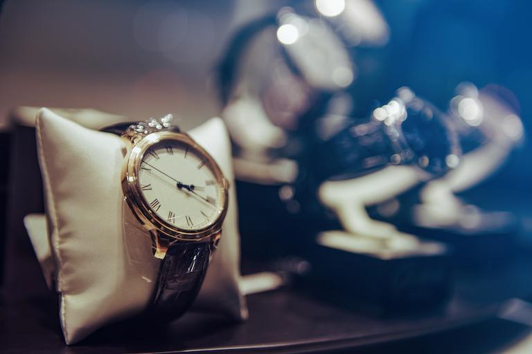 Часы класса люкс